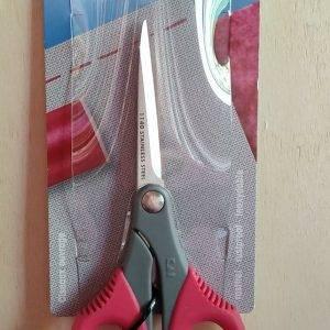 Queste forbici sono ideali per vari tipi di hobby e patchwork.