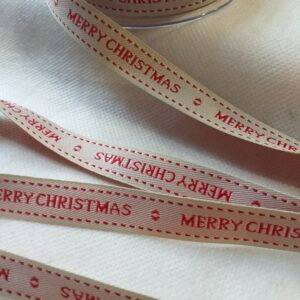 "Nastro ""Merry Christmas"" panna. Altezza 15 mm."