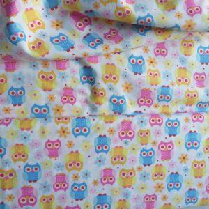 Tessuto americano ideale per patchwork, quilt e cucito creativo per bambini realizzato in cotone 100% in altezza di cm 110.
