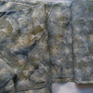Tessuto cotone 100% stampato con tecnica batik