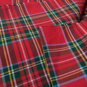 Tessuto di misto cotone in fantasia scozzese.