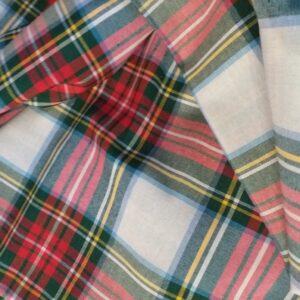 Tessuto scozzese di misto cotone.
