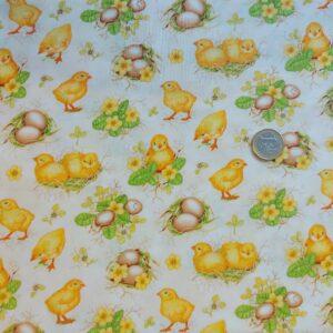 Tessuto americano ideale per patchwork, quilt e cucito creativo, realizzato in cotone 100%. Altezza di cm 110.